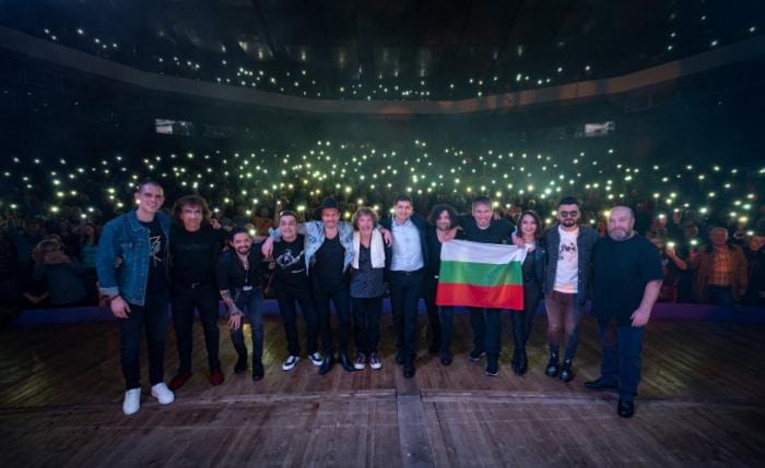 Gli Intelligent Music Project nel concerto di apertura del tour europeo in Bulgaria